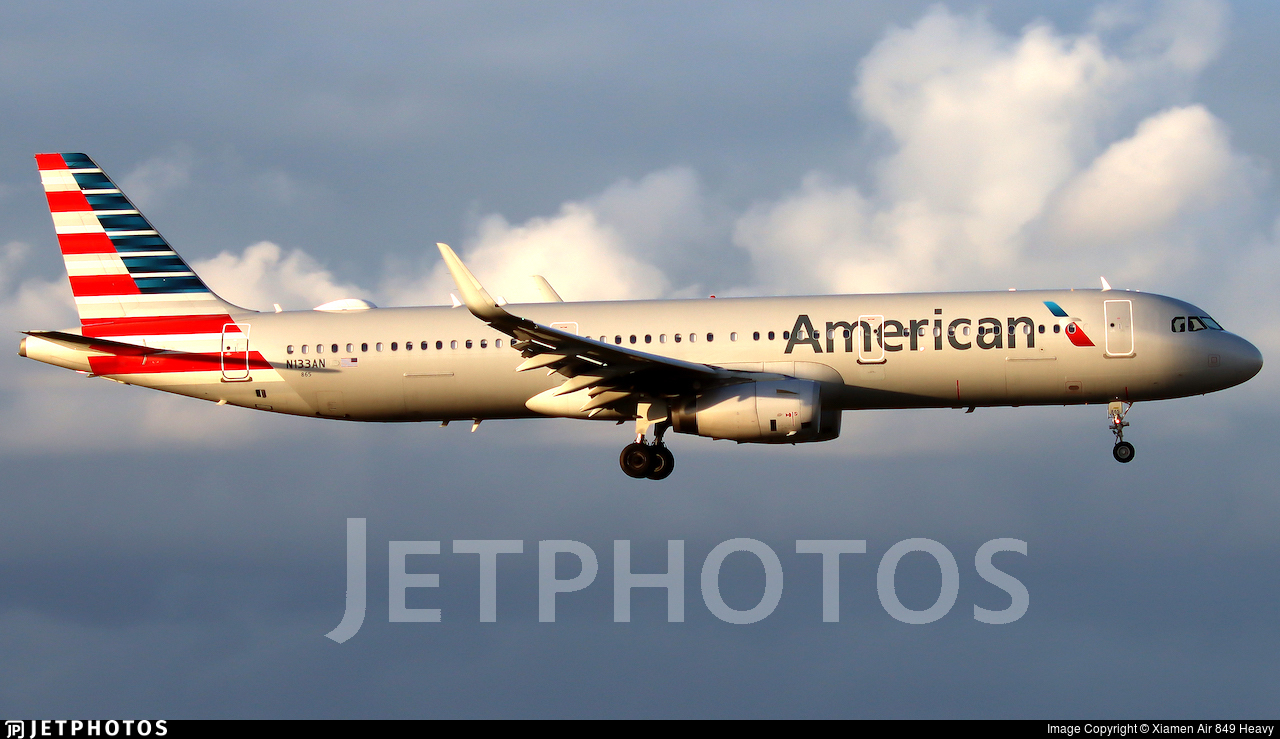 N133AN - Airbus A321-231 - American Airlines