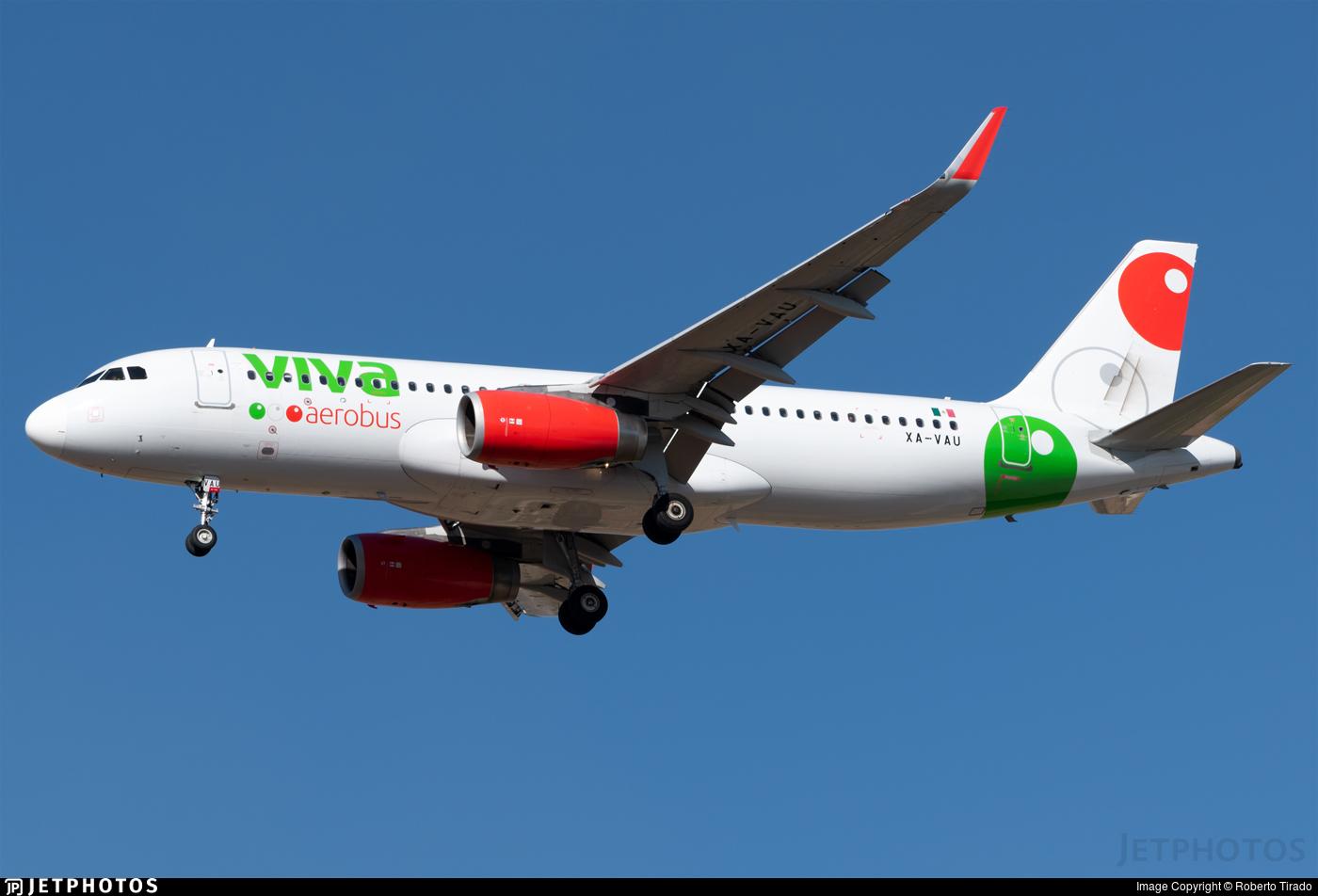 XA-VAU - Airbus A320-232 - VivaAerobus