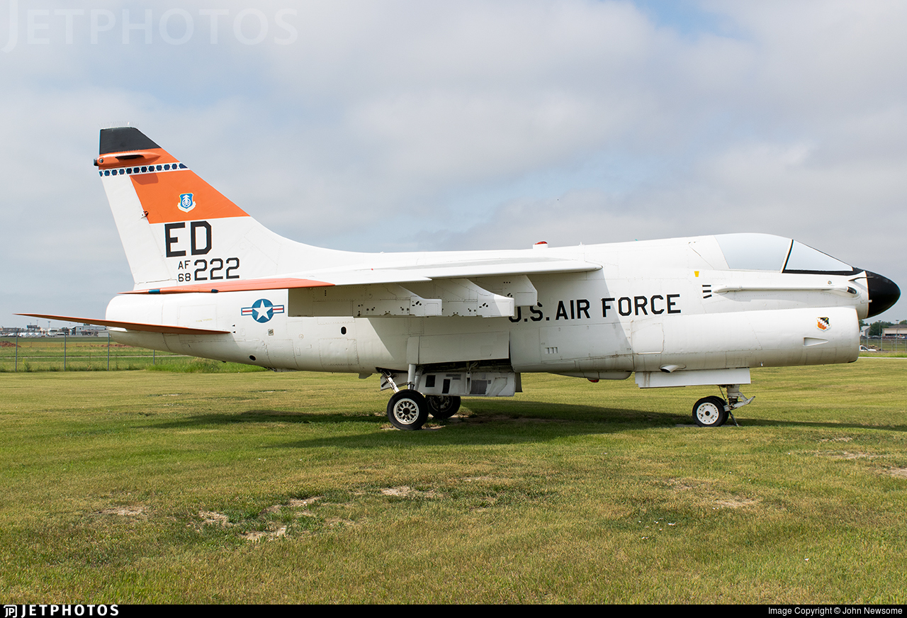 68-8222 - LTV A-7D Corsair II - United States - US Air Force (USAF)