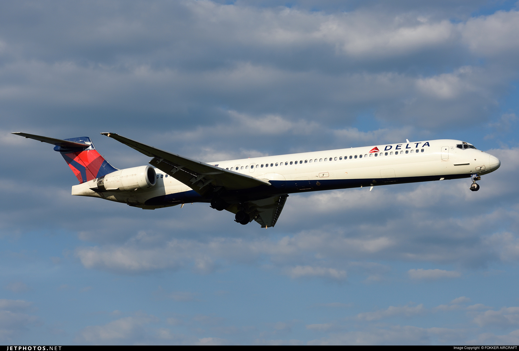 N943DN | McDonnell Douglas MD-90-30 | Delta Air Lines ...