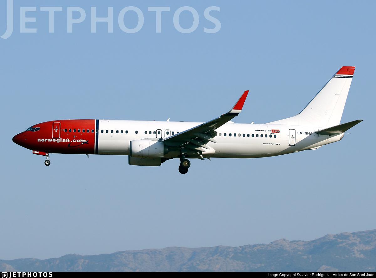 LN-NHA - Boeing 737-8JP - Norwegian
