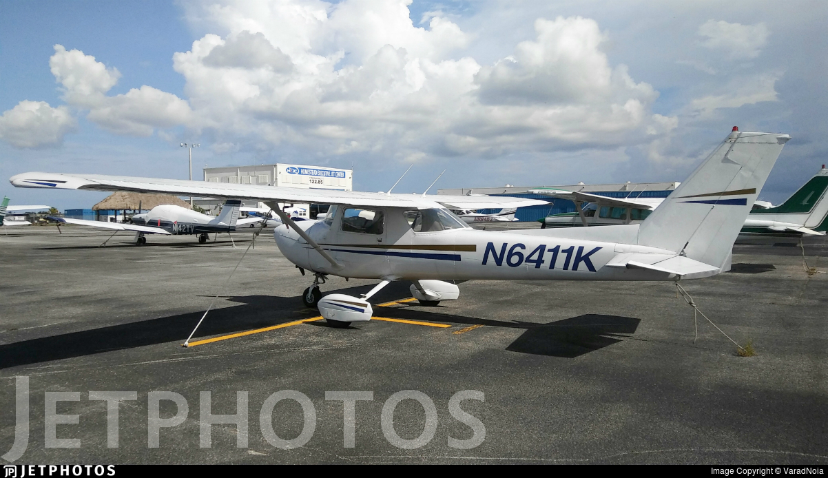 N6411K - Cessna 150M - Private
