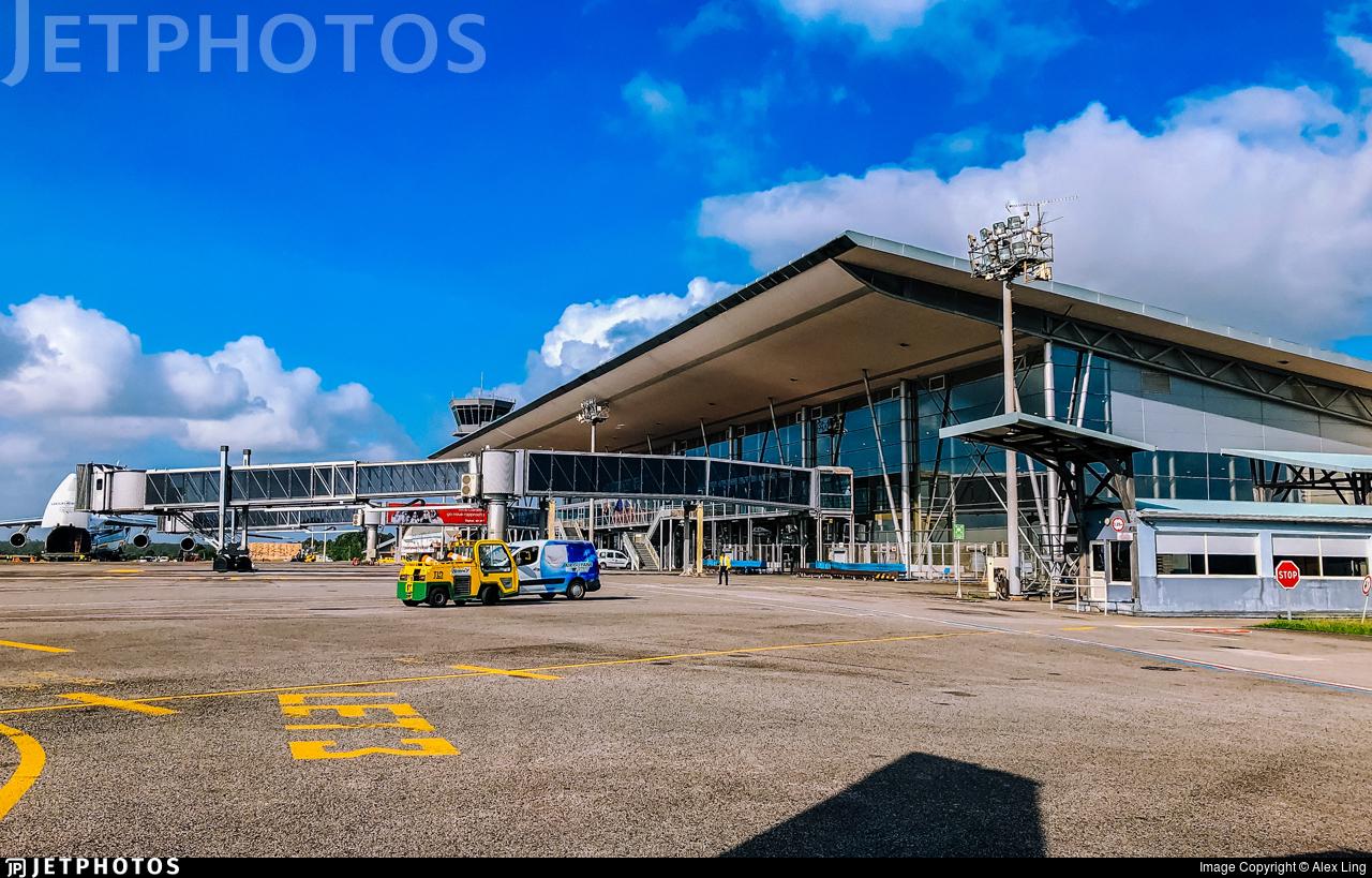 SOCA - Airport - Terminal