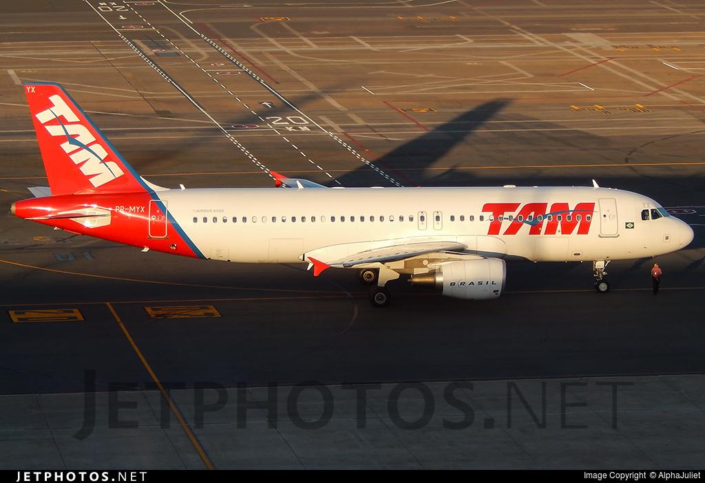 PR-MYX - Airbus A320-214 - TAM Linhas Aéreas