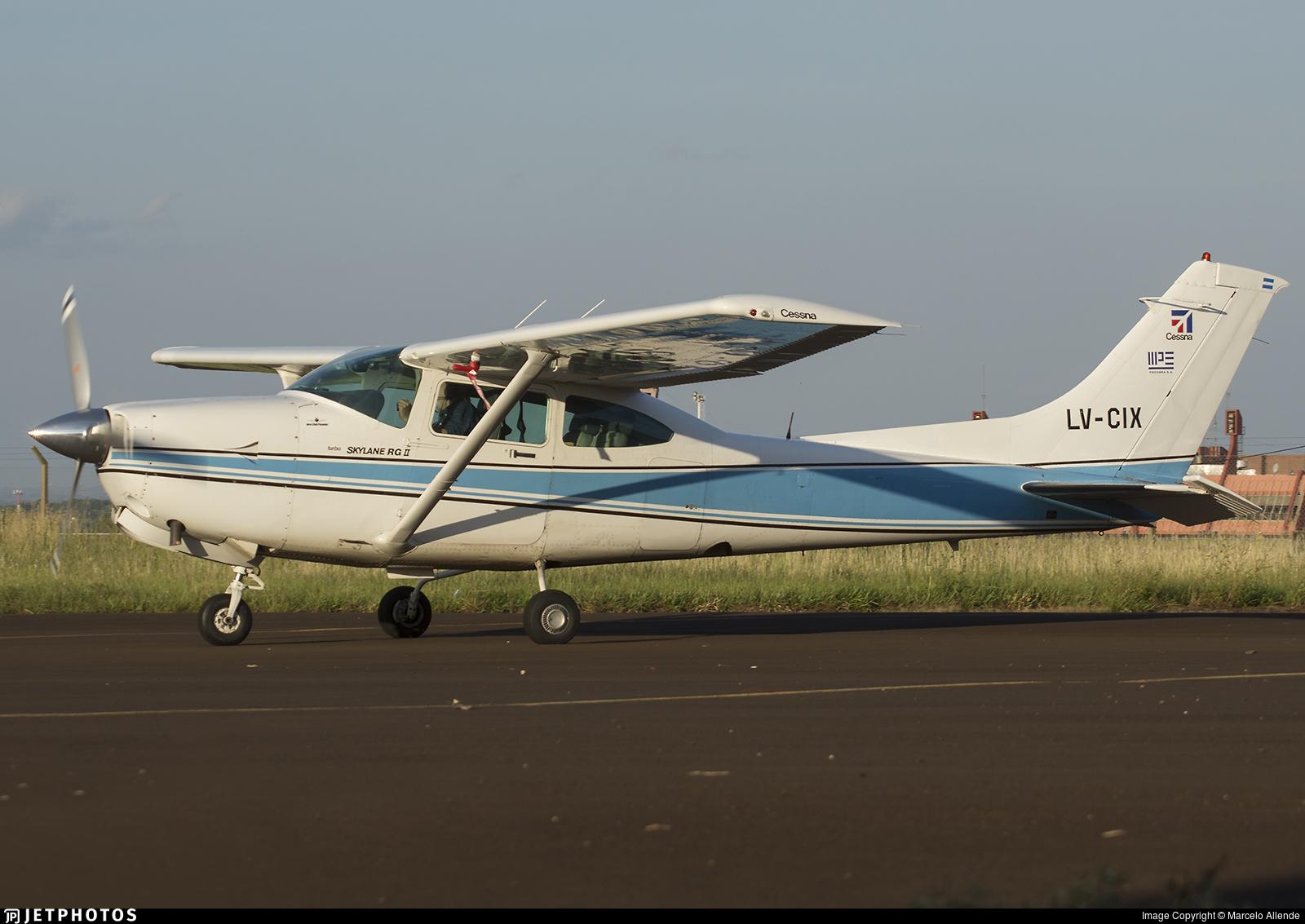 LV-CIX - Cessna TR182 Turbo Skylane RG - Private