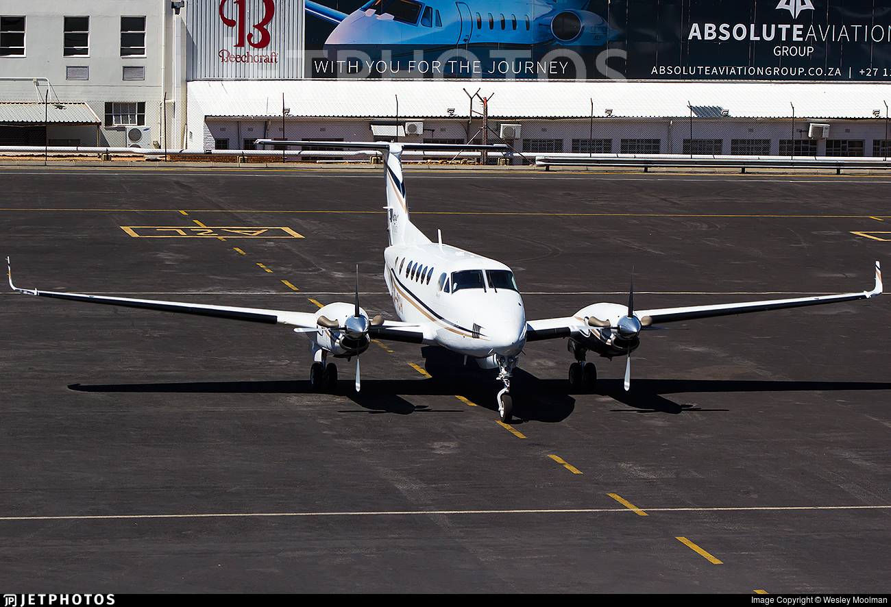 ZS-PCH | Beechcraft B200 Super King Air | Private | Wesley Moolman
