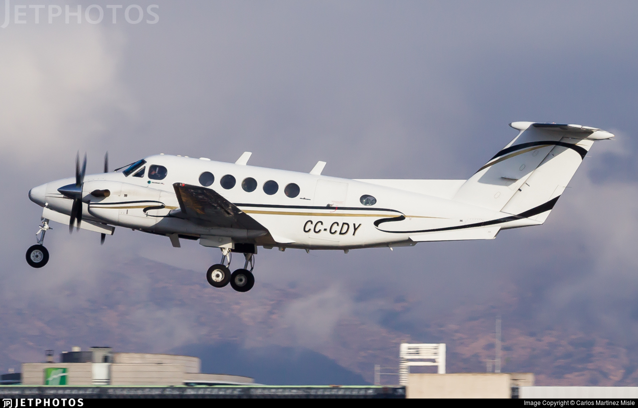 CC-CDY - Beechcraft 200 Super King Air - Private