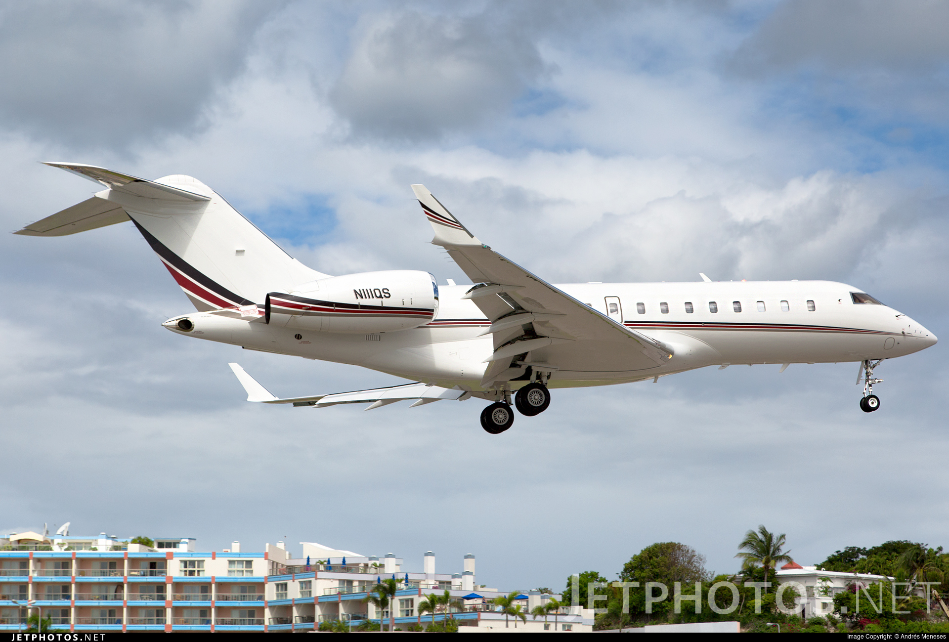 N111QS - Bombardier BD-700-1A11 Global 5000 - Private