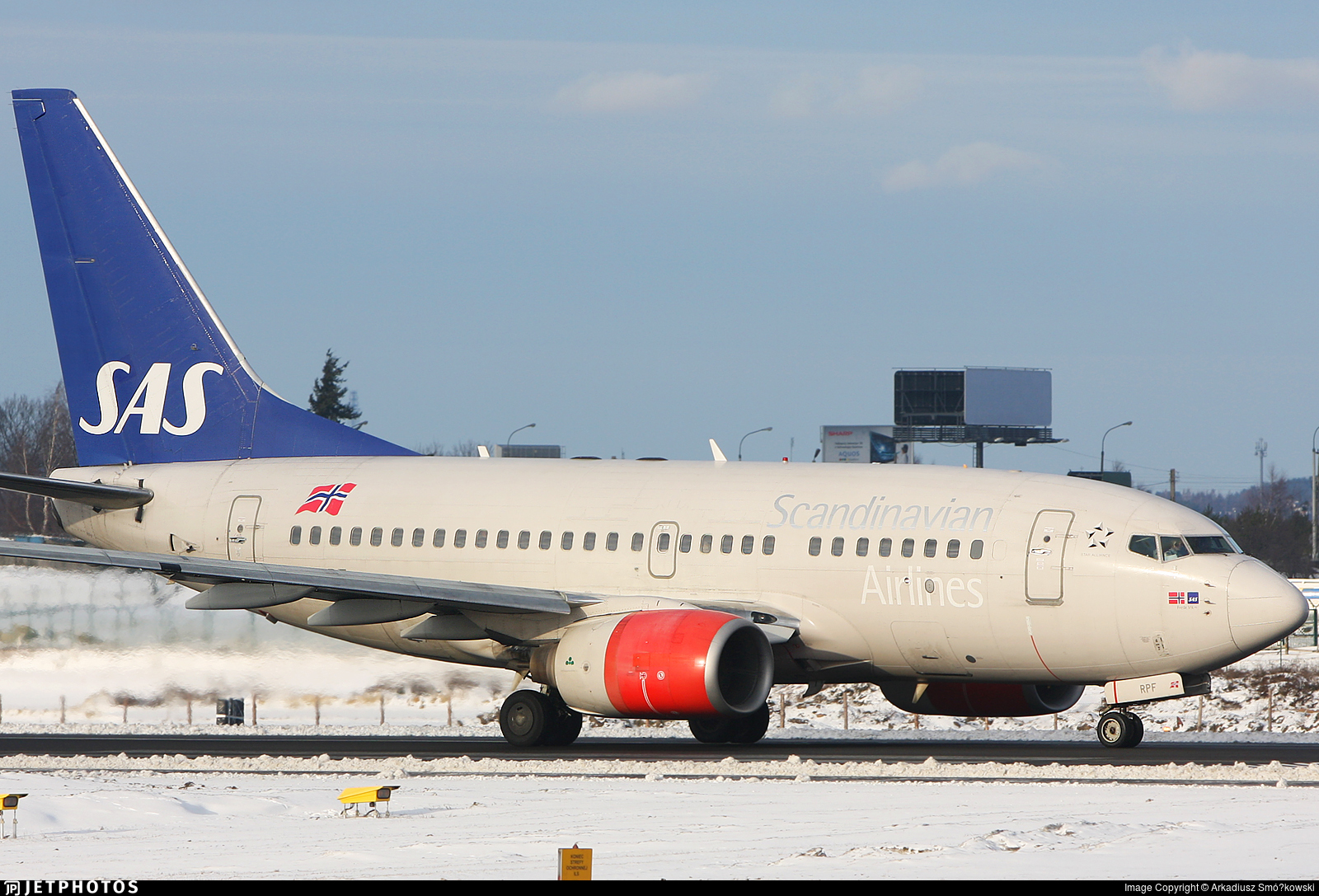 LN-RPF - Boeing 737-683 - Scandinavian Airlines (SAS)