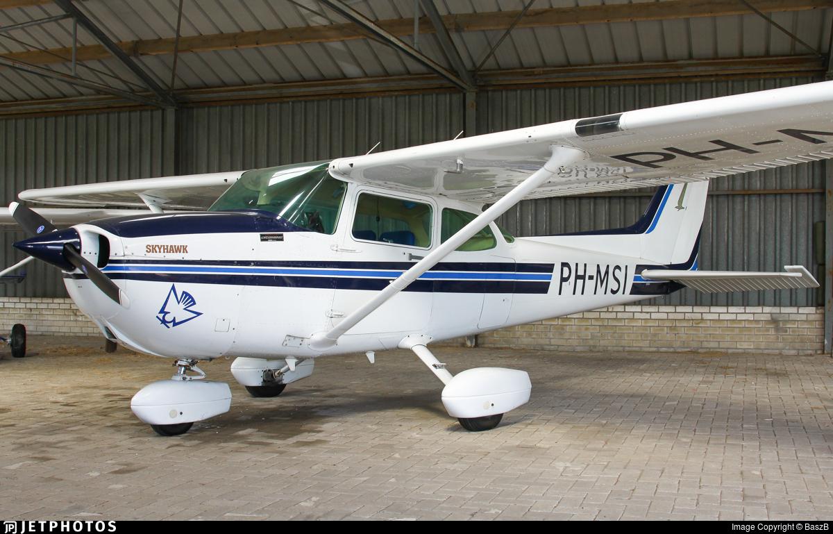 PH-MSI - Cessna 172P Skyhawk II - Private