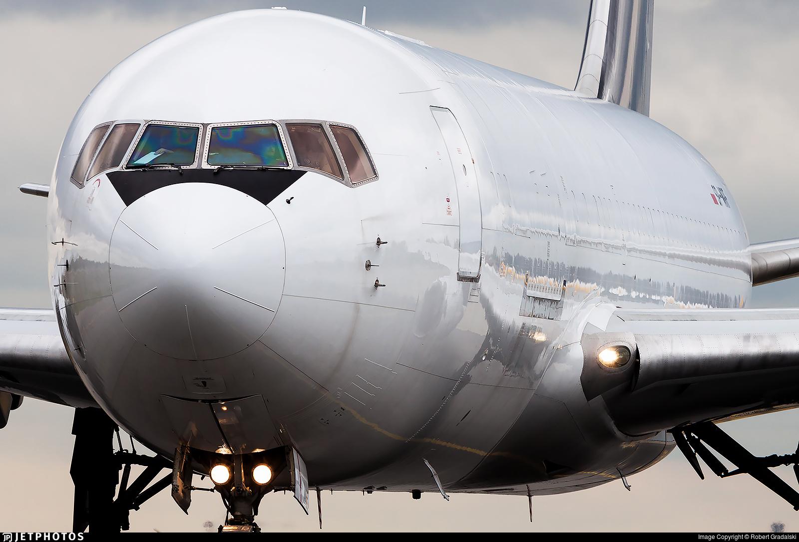SP-MRF - Boeing 767-281(BDSF) - SkyTaxi