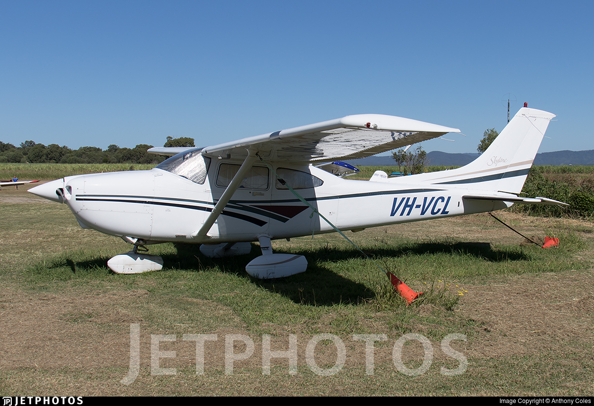 VH-VCL - Cessna 182S Skylane - Private