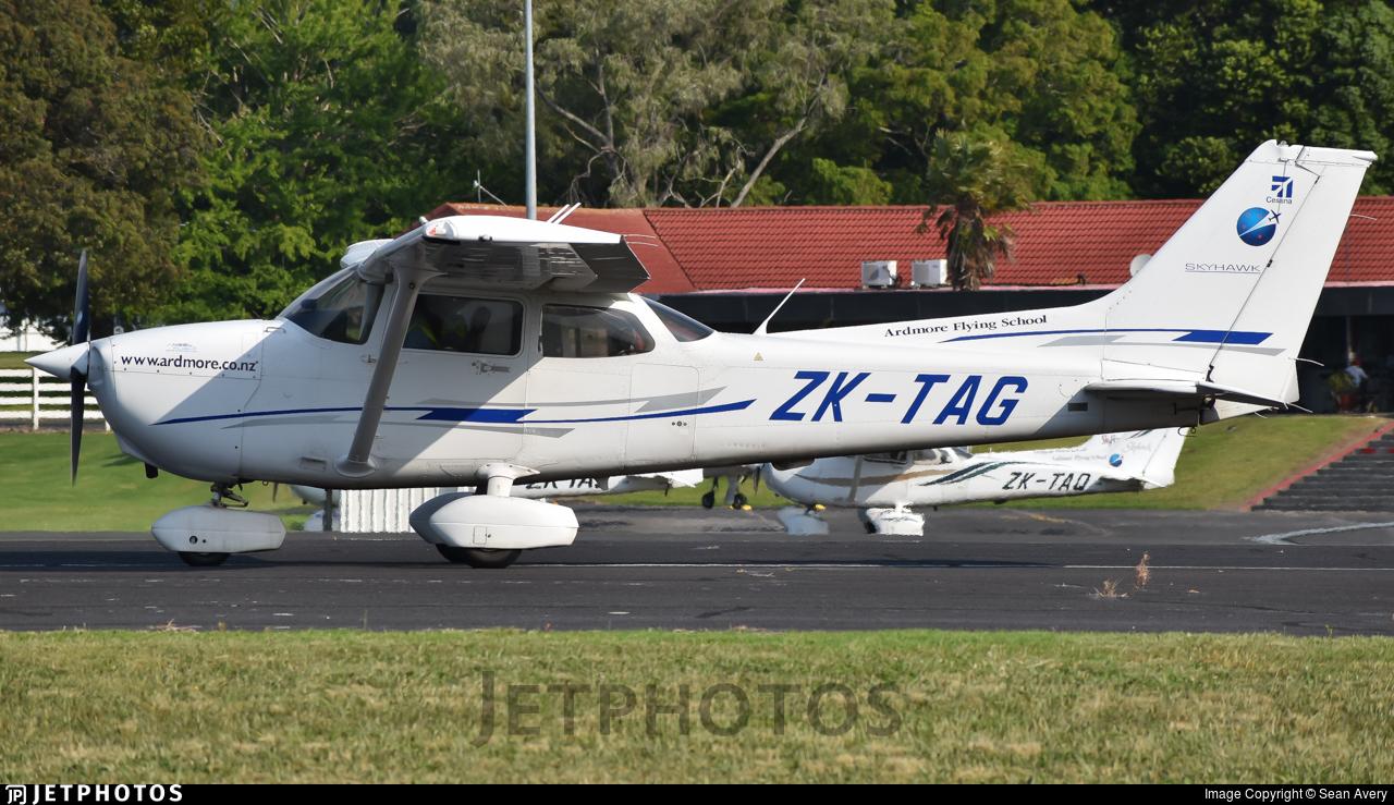ZK-TAG - Cessna 172R Skyhawk - Ardmore Flying School