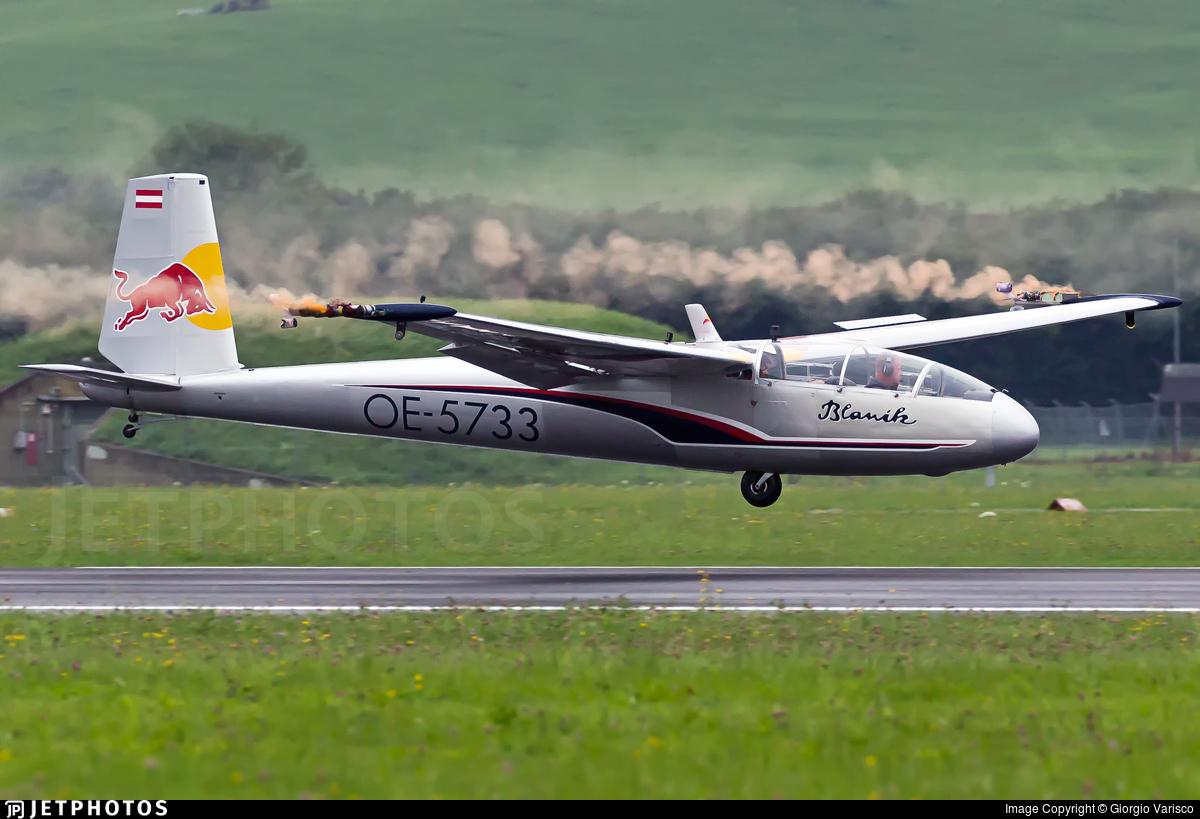 OE-5733 - Let L-13 Blanik - The Flying Bulls