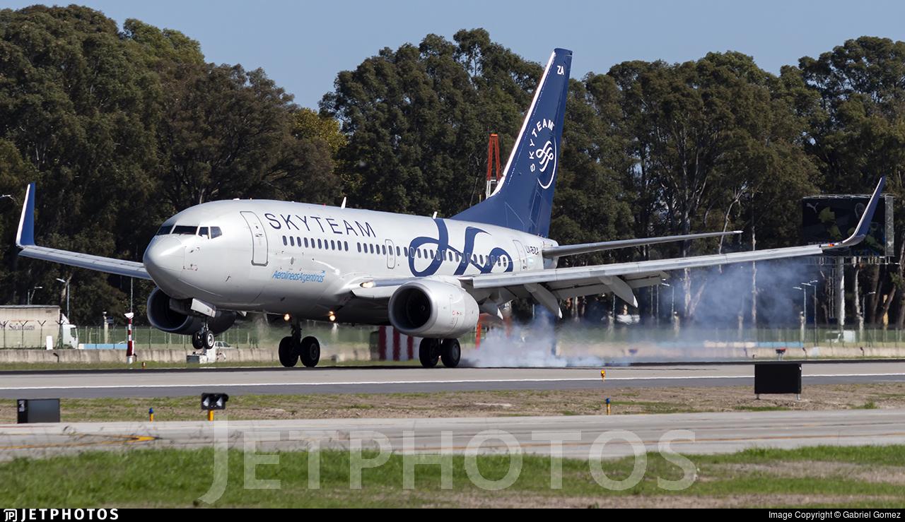 LV-BZA - Boeing 737-76N - Aerolíneas Argentinas
