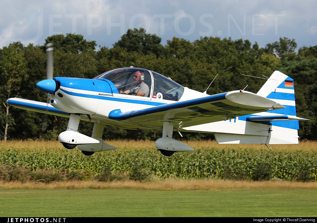 D-EGVH - Robin R2160D - Private
