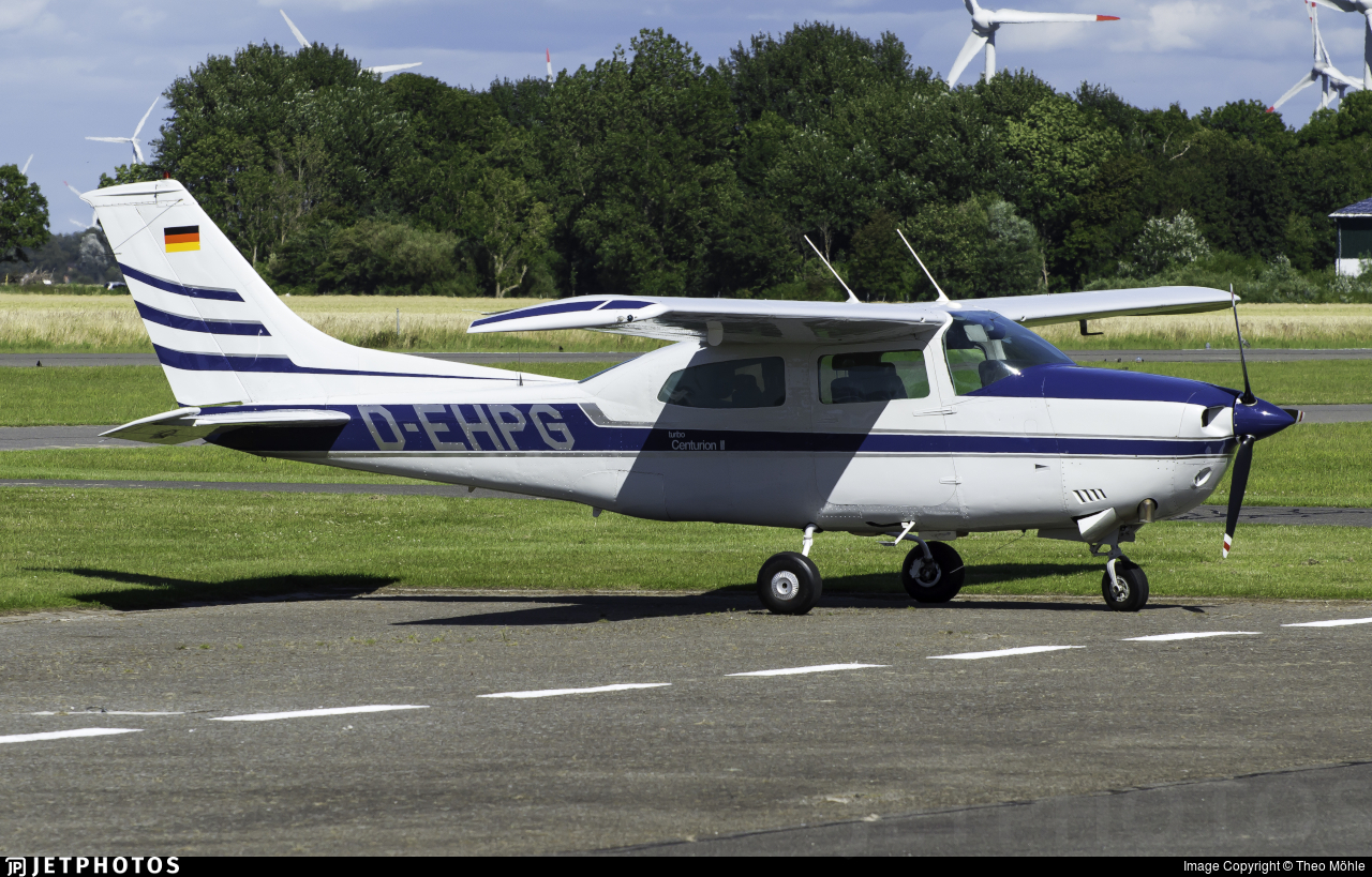 D-EHPG - Cessna T210L Turbo Centurion  - Private