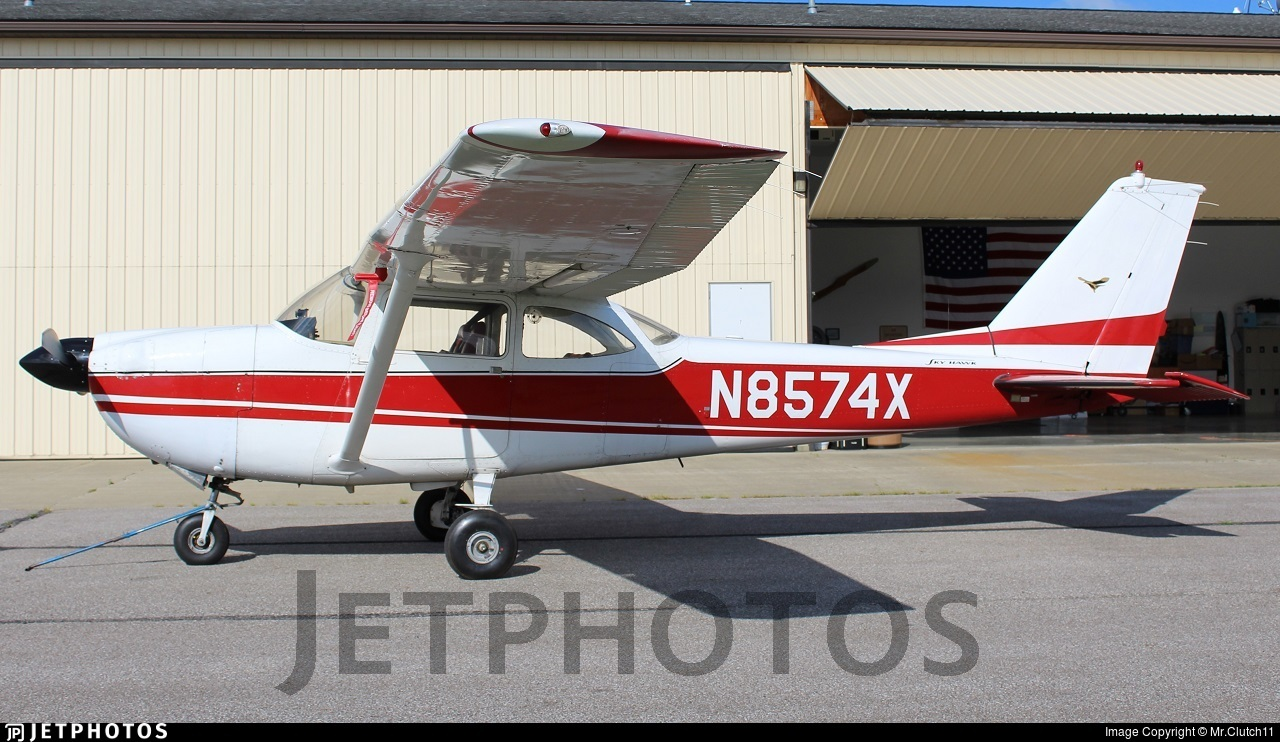 N8574X - Cessna 172D Skyhawk - Private