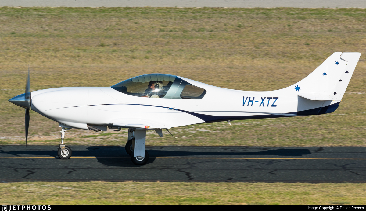 VH-XTZ - Lancair Legacy - Private