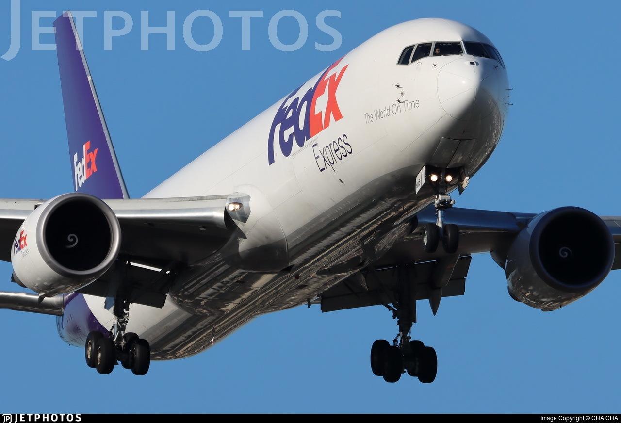 N106FE - Boeing 767-3S2F(ER) - FedEx