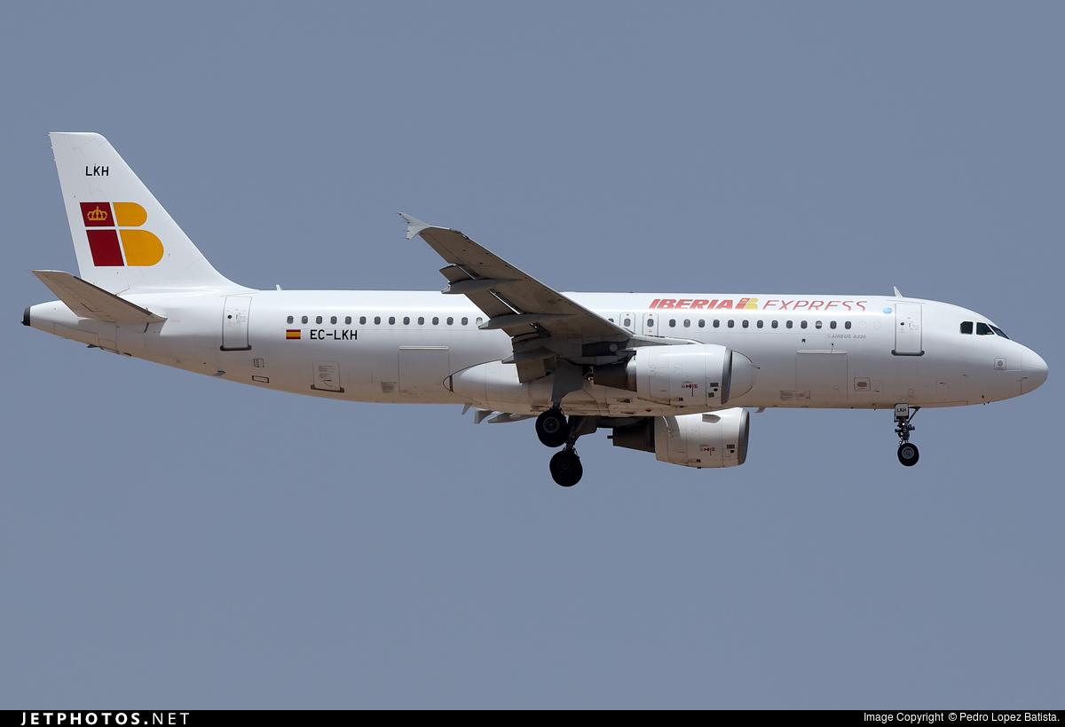 EC-LKH - Airbus A320-214 - Iberia Express